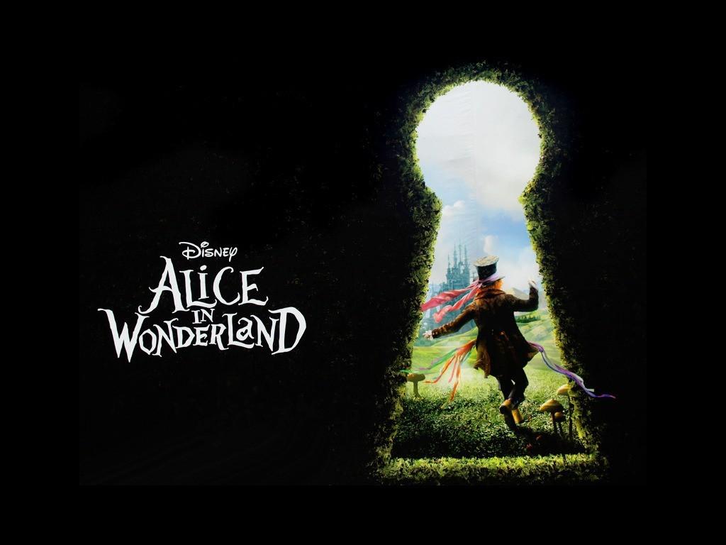 Alice au pays des merveilles une merveilleuse surprise sign e tim burton - Objet alice au pays des merveilles ...